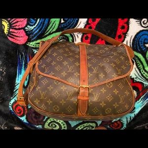 "Louis Vuitton ""Vintage"" AUTHENTIC.. bag"